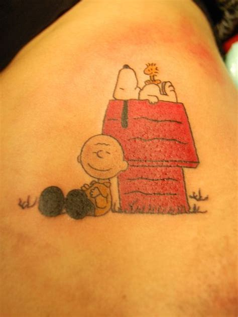 charlie tattoo designs best 25 snoopy ideas on snoopy