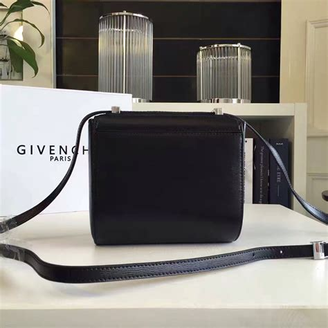 Jual Topi Gucci Black With Box Mirror Quality designer discreetgivenchy pandora box counter quality replica bag designer discreet