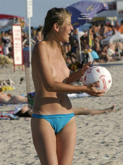Unbelievable Puffy Nipples May Voyeur Web