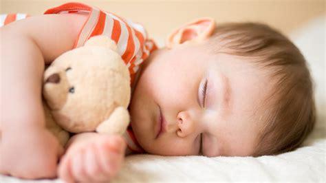ab wann schlafen baby länger kolumne quot ich will nicht dass mein bei oma