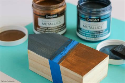 metallic and wood pencil holder