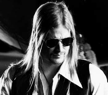 Kid Rock Says Pam Lied About Miscarriage by Finditt October 2007