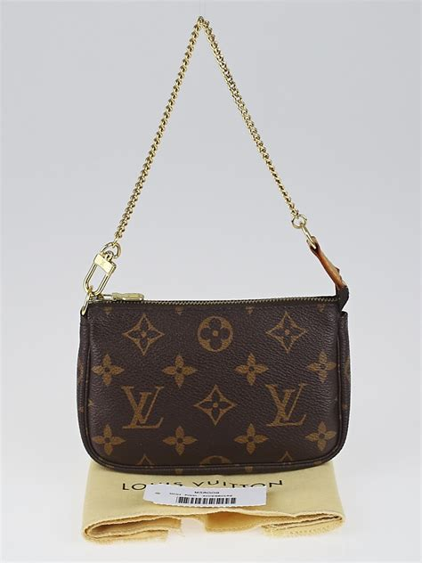 louis vuitton monogram canvas mini accessories pochette