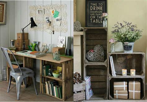 Agradable Caja De Madera Fruta #1: Dos-interiores-en-estilo-vintage-decorados-con-muebles-hechos-de-cajas-de-madera-decoradas-escritorio-DIY-estanter%C3%ADa-decoracion-de-flores.jpg