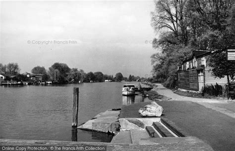 thames river anglers walton on thames river from the anglers hotel c 1955