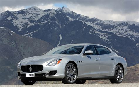 2014 maserati quattroporte 2014 maserati quattroporte q4 front three quarter photo 1