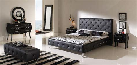 Grey And Black Chair Design Ideas غرف نوم باللون الاسود البيت