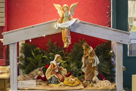 fontanini nativity sets st joe tree farm