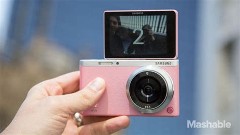 Kamera Samsung Mini samsung debuts the ultimate selfie the nx mini