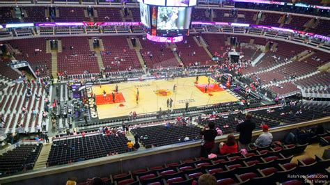 section 302 united center united center section 319 chicago bulls rateyourseats com