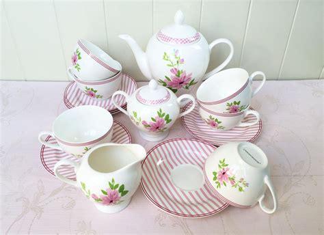 Cup Saucer Tea Set Cangkir Lepek Dengan Tutup Y85 Vicenza capodimonte tea set 17pc csh 2025 pink decoco