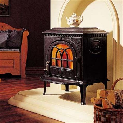 Jotul Fireplace Stove 8 by Jotul F8 A Family Heating Business Since 1974
