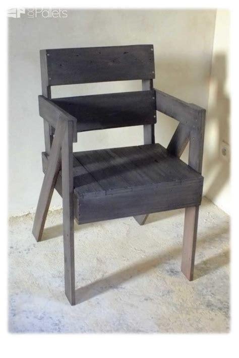 chaise palette chaise en bois de palette pallet chair 1001 pallets