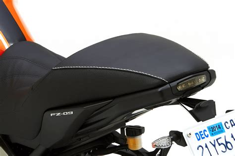 corbin seats yamaha corbin shows gunfighter seats for 2014 yamaha fz 09