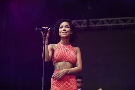 jhene aiko bed peace mp3 61 living room by jhene aiko mp3 jhene aiko bed