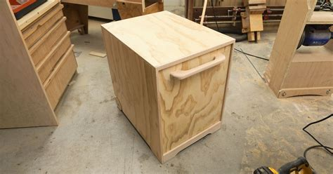 making  router table stand ibuilditca