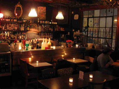 the green room pub 9 best places to pre drink in toronto narcity