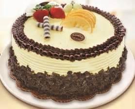 Pin gambar kue pengantin coklat cake on pinterest
