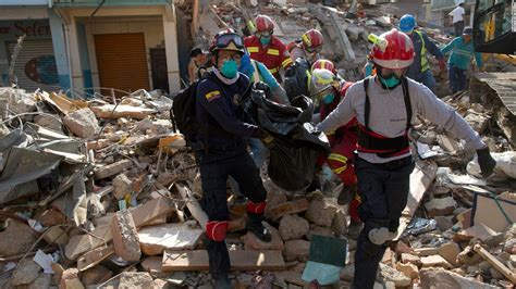 earthquake ecuador ecuador earthquake 272 people killed 2 527 injured cnn