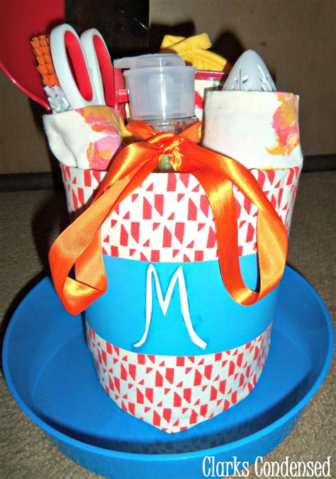 simple wedding shower gift ideas easy bridal shower gift idea kitchen themed