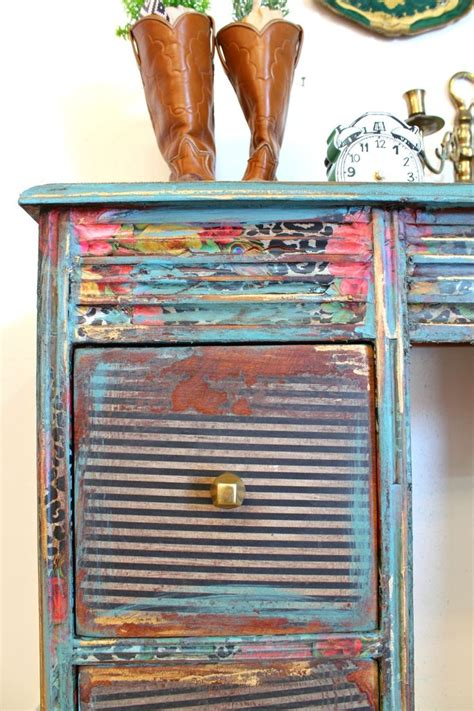 Decoupage Furniture With Paper - best 25 how to decoupage furniture ideas on