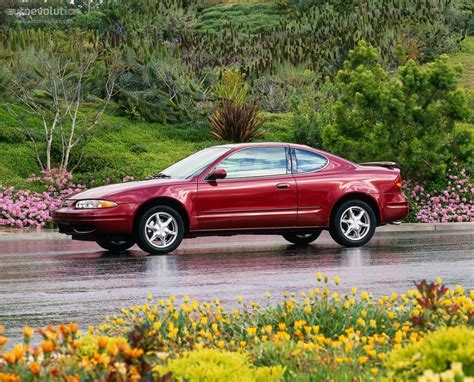 how do i learn about cars 2004 oldsmobile bravada free book repair manuals oldsmobile alero coupe specs 1999 2000 2001 2002 2003 2004 autoevolution