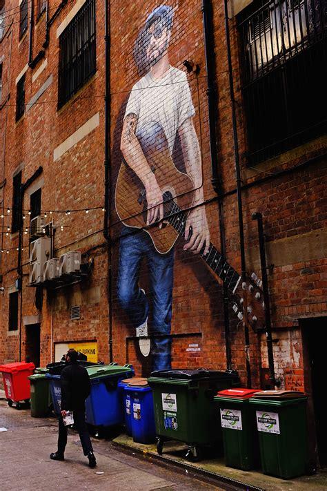 glasgow mural trail scotland promotes  creativity