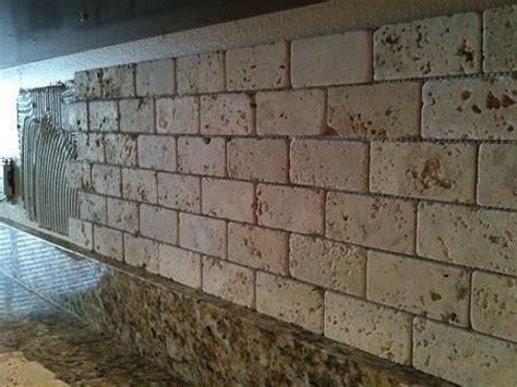 travertine brick backsplash pin by natalie kolomeitz douglas on kitchens i