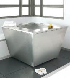 Soaking Tub For Small Bathroom Japanese Soaking Tub For Small Bathrooms Home Design Ideas