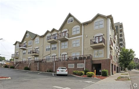 Knoxville Apartments Lake Plaza 1801 Lake Ave Knoxville Tn 37916 Rentals Knoxville Tn