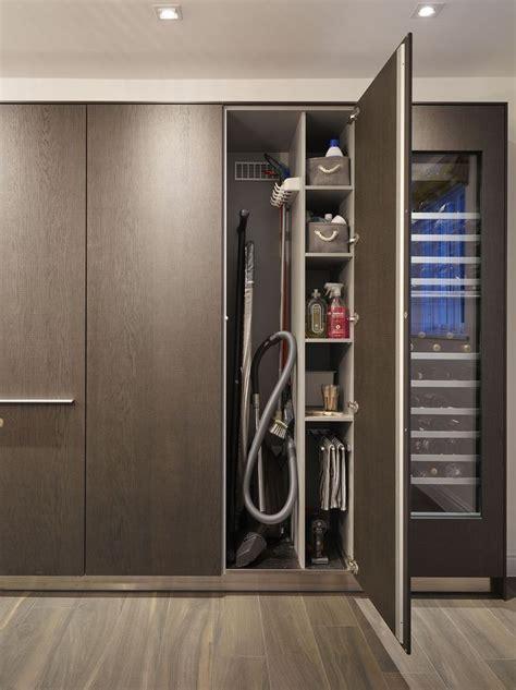 Kitchen Corner Shelves Ideas Las 25 Mejores Ideas Sobre Almacenamiento De Escoba En