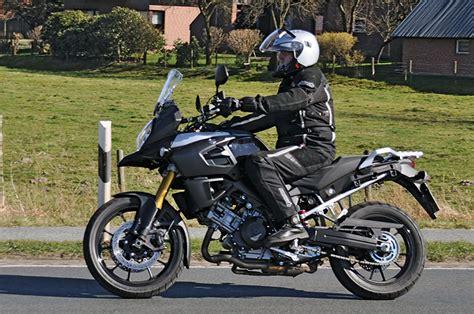Sitzposition Enduro Motorrad by Suzuki V Strom 1000 Abs Modell 2014 Kradblatt