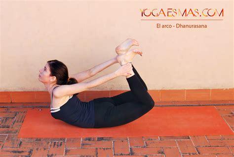 imagenes de yoga para una sola persona una secuencia de posturas de yoga para el dolor de espalda