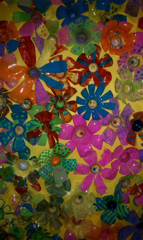 platic bloemen bloemen van plastic bekers en dop lente pinterest