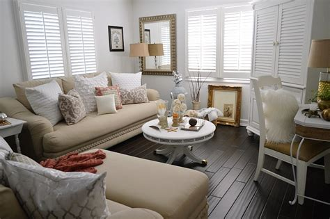 cozy home interior design cottage style home decor get the look home decorating community ls plus home