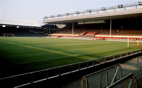 Paking Paking Kop Nmax Orisinil Liverpool Fc S Anfield Stadium Through The Ages