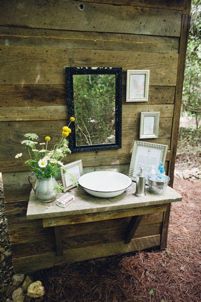 outhouse bathroom decorating ideas 25 best ideas about outhouse decor on pinterest