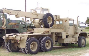 truck tractor  wrecker  ton wwinch