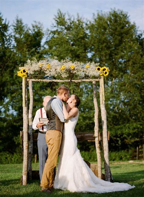 68 Baby's Breath Wedding Ideas for Rustic Weddings   Deer