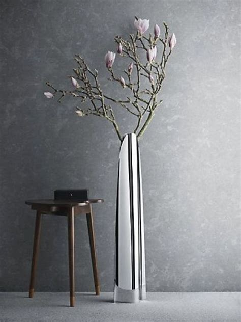 Floor Vase With Flowers by 24 Floor Vases Ideas For Stylish Home D 233 Cor Shelterness