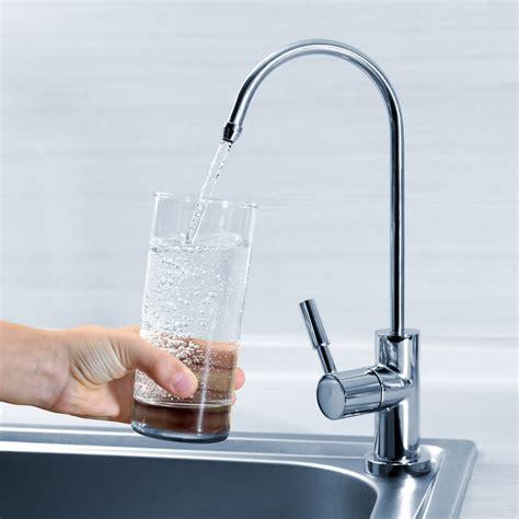 delta addison kitchen faucet reviews delta addison kitchen faucet stainless delta addison
