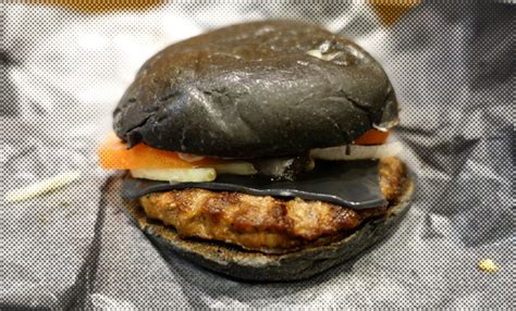 black burger battles mcdonalds japan unveils dark burger to burger king unveils halloween inspired black bun hamburger