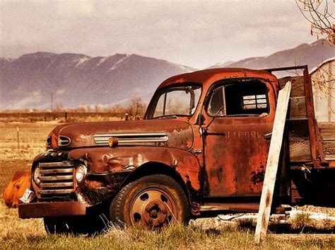 old rusty cars old abandoned truck old trucks cars pinterest