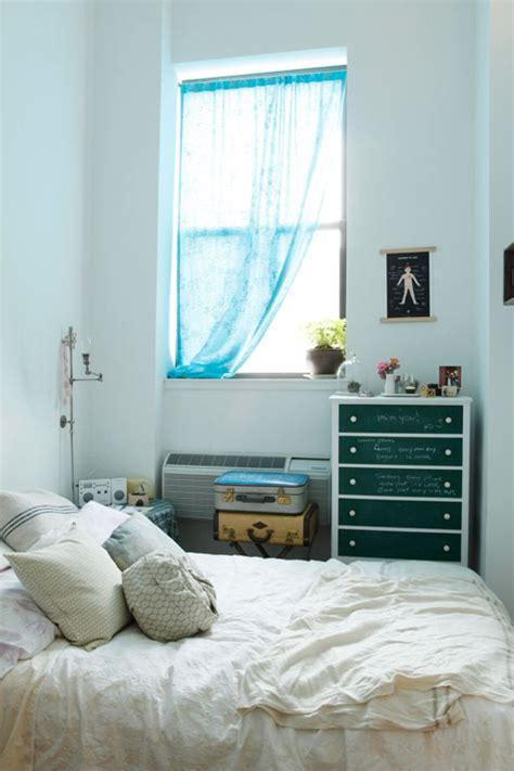 Sneak Peek Jen From Cabin 7 Design Sponge Design Sponge Bedrooms