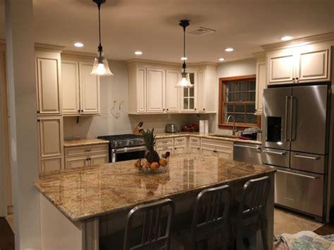 backsplash for ivory kitchen cabinets kitchen backsplash for ivory cabinets