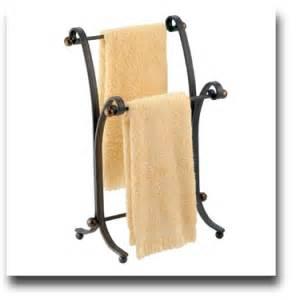 free standing towel racks for bathrooms