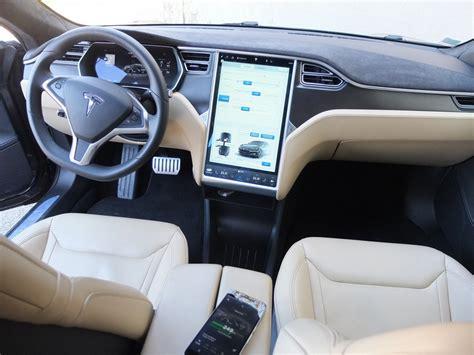 Interieur Tesla Model S essai tesla model s 2000 km 4 jours un peu de stress