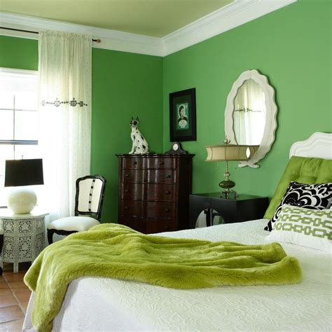 green bedroom ideas how to furnish it and what shades to