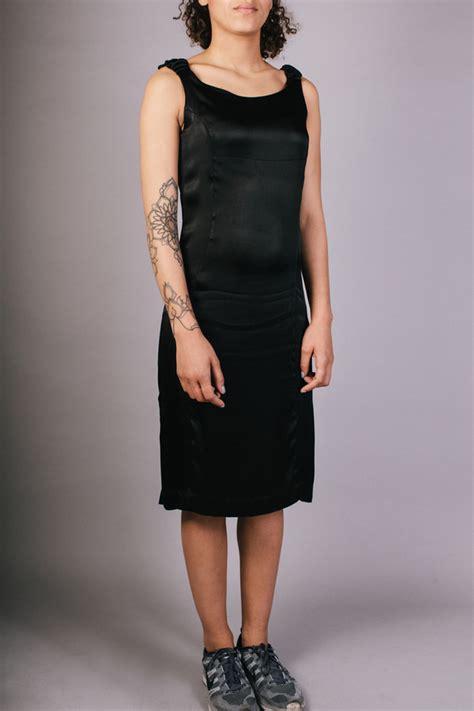 Dres Aren livia arena scrunchy shoulder dress garmentory