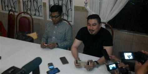 Kaos Minuman Martel berita indonesia raya pengusaha ini bantah ada pesta